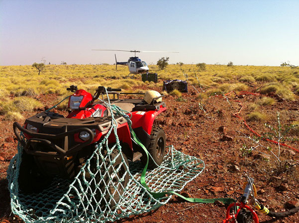 Using a longline and remote hook to position equipment to a remote exploration camp in the Pilbara, Western Australia.